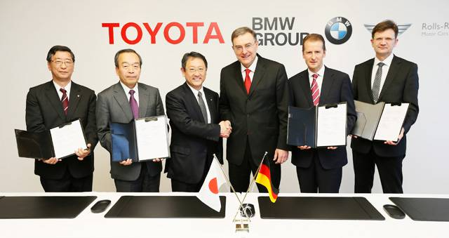 BMW Group and Toyota finalize agreement on joint sports car and future tech image